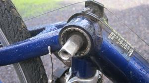 bottom bracket tool use